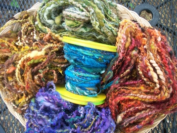 Feast Art Yarns | Spinning