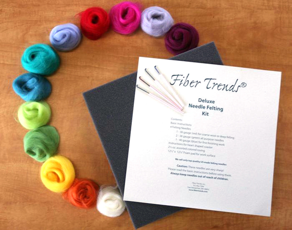 Fiber Trends Needle Felting Deluxe Kit | Felting Tools and Accessories