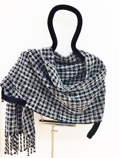 Black and White Shawl Kit   Kits