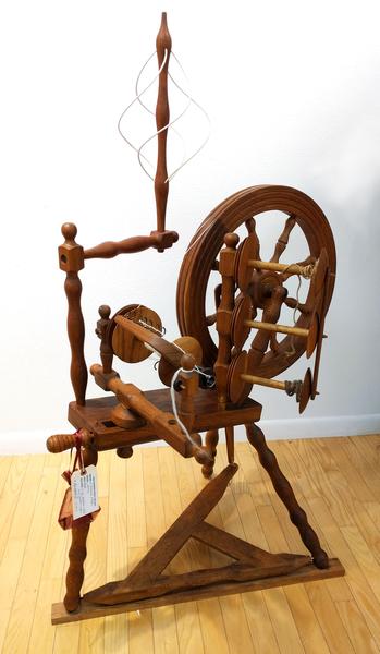 Used Johansen Oak Saxony Wheel | Used Spinning Wheels