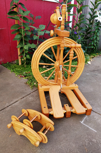 Van Eaton Spinning Wheel | Used Spinning Wheels