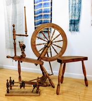 Image Country Craftsman Saxony Spinning Wheel with all the extras