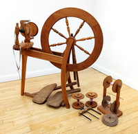 Image Used Double Treadle Traditional Ashford Bulky Spinning Wheel